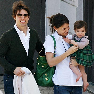 Katie Holmes y Tom Cruise comienzan batalla legal por Suri