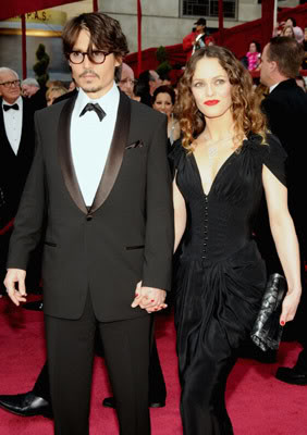 Johnny Depp and Vanessa Paradis planning spring wedding?