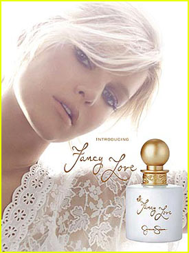 Jessica Simpson lanza su nueva fragancia Fancy Love