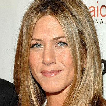 Jennifer Aniston producirá y protagonizará Holler