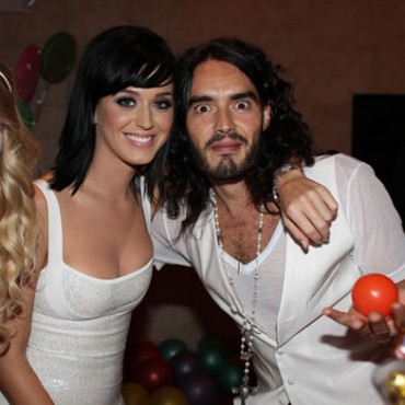 Katy Perry no se acostumbra a estar casada