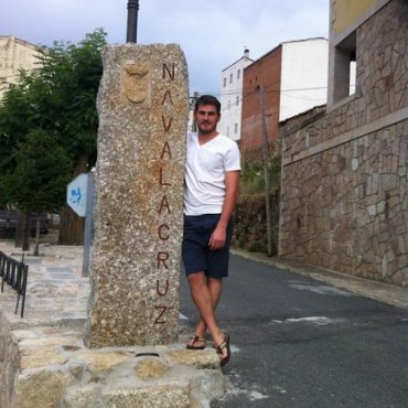 Iker Casillas sigue subiendo fotos a Facebook