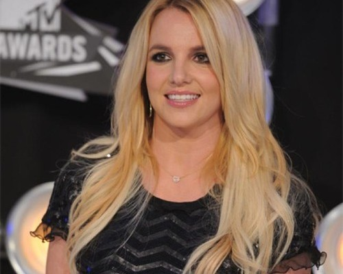Britney Spears, juez en The X Factor